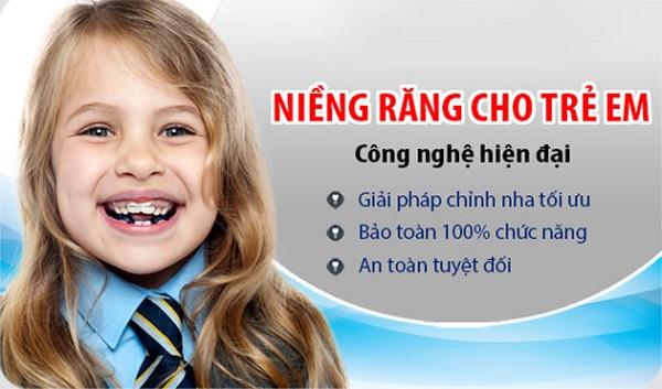 Răng mọc lệch lạc ở trẻ em