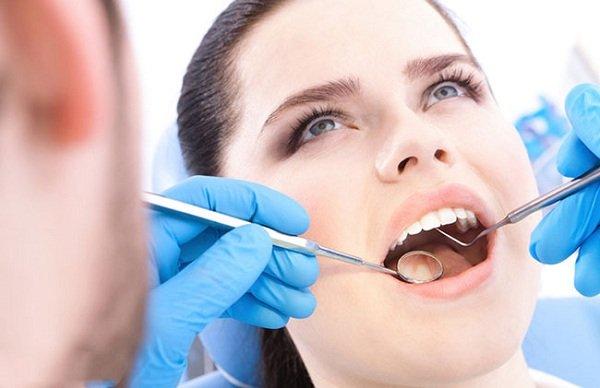 răng sứ bị rớt ra, bọc răng sứ bị rớt ra, răng sứ rơi ra phải làm sao, răng sứ bị rơi ra, răng giả bị rơi, răng bọc sứ bị rớt, keo gắn răng sứ, gắn lại răng sứ, răng sứ có bị rớt ra không, làm răng sứ bị rơi ra, bọc răng sứ có bị rớt ra không